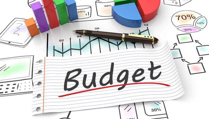 كيف تستثمر بميزانية محدودة؟