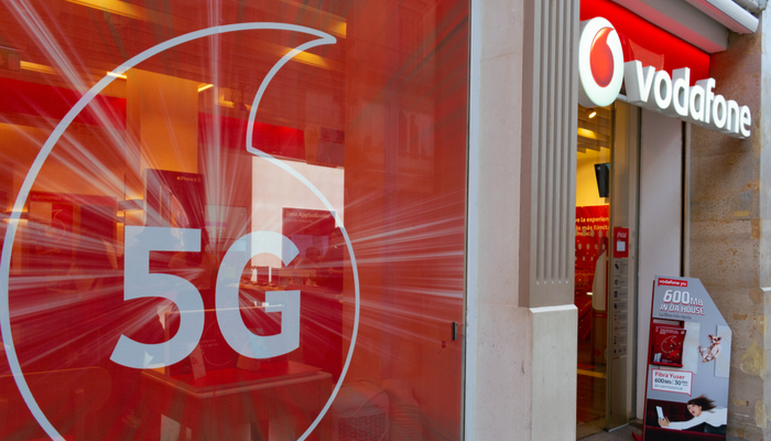 Samsung closes 5G network deal with Vodafone