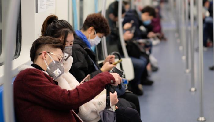 البيانات الإيجابية للاقتصاد الصيني، وعدد الاصابات المتزايد بفيروس كورونا في الولايات المتحدة وأوروبا
